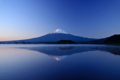 朝霧と逆さ富士.jpg